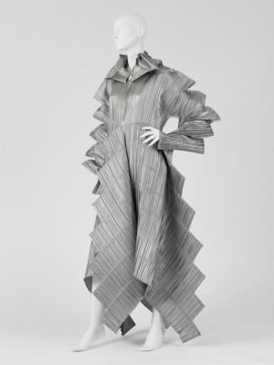 sculpture pleats